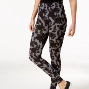 HUE First Looks Seamless Legging Floral Black